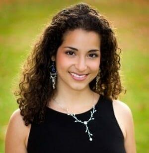 Toronto Vocal/Singin and Piano Teacher Alejandra Ballon
